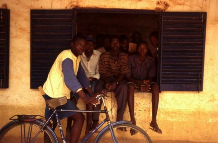 June 1998 Seyama Mali youths at the local school ©John Robinson/South Photographs education africa afrika afrique ipjr01450126