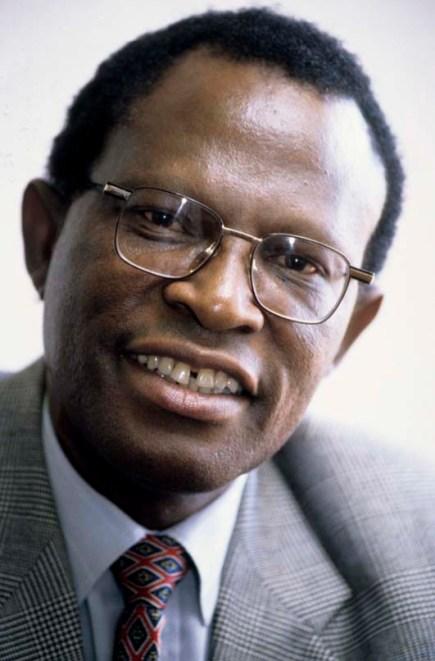 THEMBA SONO PROFESSOR UNISA FEBRUARY 1998 PRETORIA SOUTH AFRICA PHOTO/JOHN ROBINSON