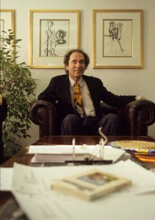 ALBIE SACHS CONSITUTIONAL COURT JUDGE AUGUST 1998 JOHANNESBURG SOUTH AFRICA PHOTO/JOHN ROBINSON
